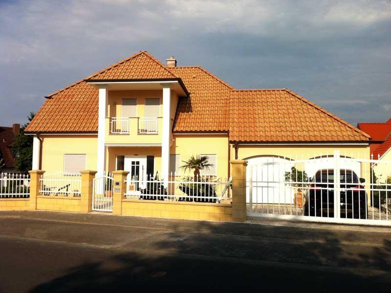 Fassadengestaltung: Einfamilienhaus